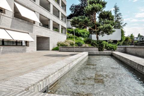 Ausstattungsplanung-Ausstattungskonzept-Brunnen-Wohnüberbauung-Innenhof