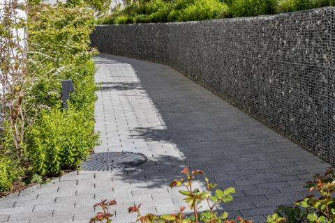 Beleuchtungskonzept-Landschaftsarchitektur-Wohnüberbauung-Pollerleuchten-3