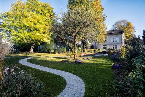 Landschaftsarchitektur-Villa-MFH-Garten-Park-4